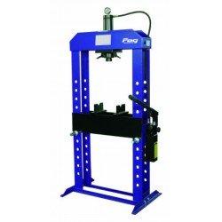 15T Workshop press