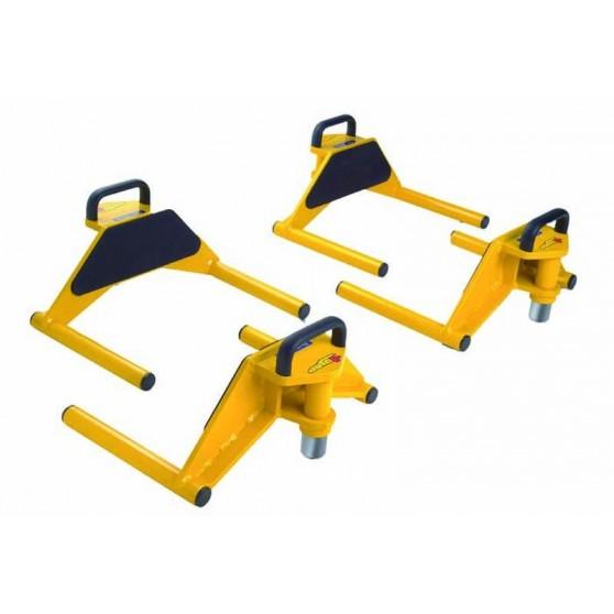 Wheel support frame